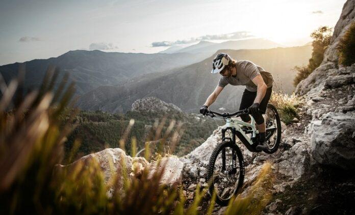 Die DECOY-Plattform von Hersteller YT Industries ermöglicht es allen E-Mountainbikern, ihr individuelles Abenteuer zu erleben. Weiterer Text über ots und www.presseportal.de/nr/145472 / Die Verwendung dieses Bildes ist für redaktionelle Zwecke honorarfrei. Veröffentlichung bitte unter Quellenangabe: