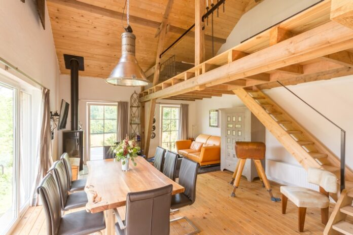 Airbnb/Gaestehaus mit Alpaka-Blick. Weiterer Text über ots und www.presseportal.de/nr/105895 / Die Verwendung dieses Bildes ist für redaktionelle Zwecke honorarfrei. Veröffentlichung bitte unter Quellenangabe: