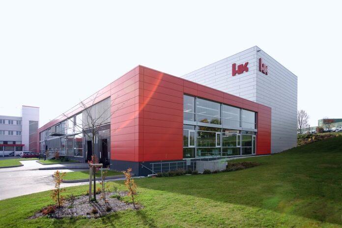 Headquarters von Heckler & Koch in Oberndorf am Neckar. Weiterer Text über ots und www.presseportal.de/nr/146622 / Die Verwendung dieses Bildes ist für redaktionelle Zwecke honorarfrei. Veröffentlichung bitte unter Quellenangabe:
